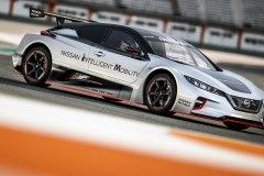 Nissan_leaf_nismo_RC-162