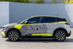 Nowe Renault Megane E-Tech Electric w kamuflażu