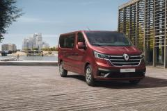 Nowy Renault Trafic Combi i Spaceclass 2021