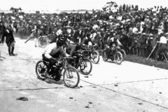 Wyścigi motocyklowe na trasie Opel Rennbahn 1922