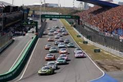 Start, Porsche 911 GT3 Cup, Nebulus Racing by Huber (#29), Laurin Heinrich (D), Nebulus Racing by Huber (#28), Leon Köhler (D), Dinamic Motorsport SRL (#16), Simone Iaquinta (I), Porsche Mobil 1 Supercup 2021, Zandvoort (NL)