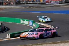 Porsche 911 GT3 Cup, BWT Lechner Racing (#3), Dylan Pereira (L), Team GP Elite (#24), Max van Splunteren (NL), Porsche Mobil 1 Supercup 2021, Zandvoort (NL)