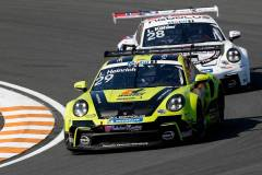 Porsche 911 GT3 Cup, Nebulus Racing by Huber (#29), Laurin Heinrich (D), Nebulus Racing by Huber (#28), Leon Köhler (D), Porsche Mobil 1 Supercup 2021, Zandvoort (NL)