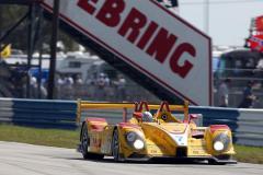 Porsche RS Spyder, Sebring 2008: Samochód klasy LMP2 wygrywa przed wszystkimi prototypami LMP1