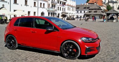 VW GOLF GTI TCR test Overdrive