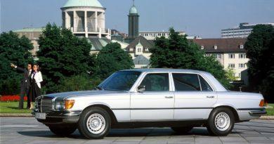 Mercedes 450 SEL 6.9 – klasyczna doskonałość