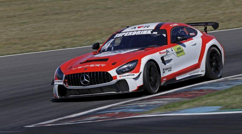 Jan Kisiel w czołówce DTM Trophy w Mercedesie AMG GT