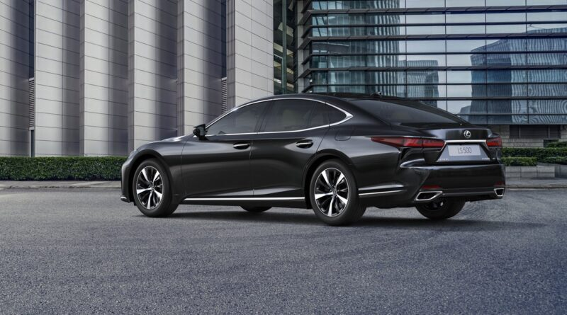 Lexus LS po liftingu - europejska premiera