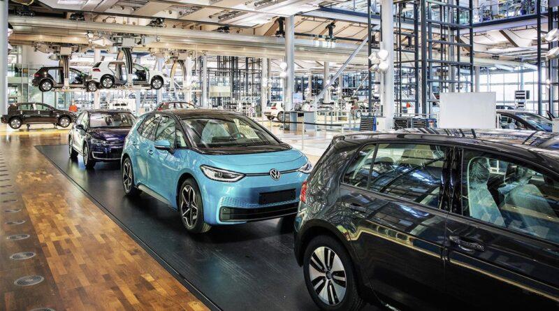 Koniec ery e-Golfa: VW przystosowuje Szklaną Manufakturę do produkcji ID.3