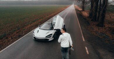 Sesja Twojego auta od Tomasza Dąbrowskiego na aukcji WOŚP