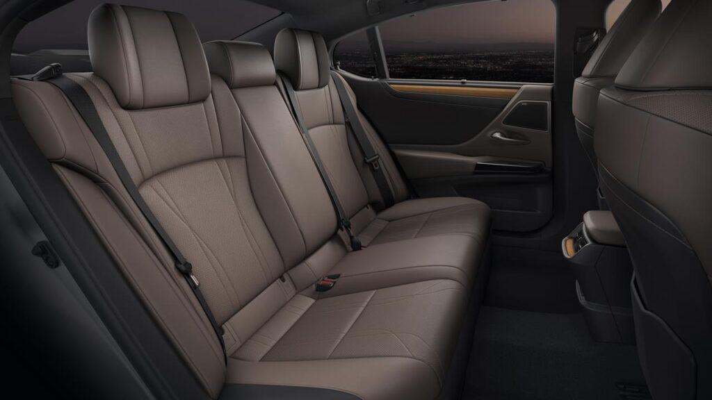 Nowy Lexus ES