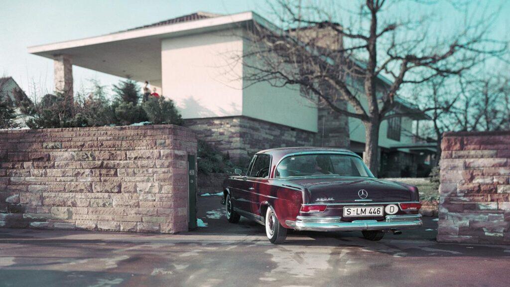 Mercedes-Benz 220 SE Coupé W111