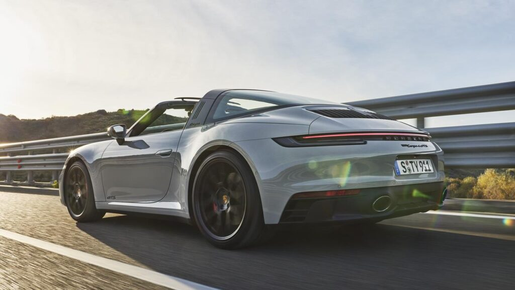 Nowe Porsche 911 Carrera GTS 2021