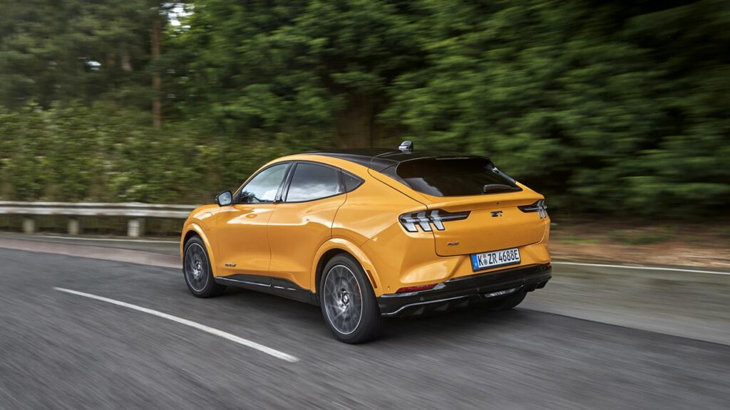 Nowy Ford Mustang Mach-E GT