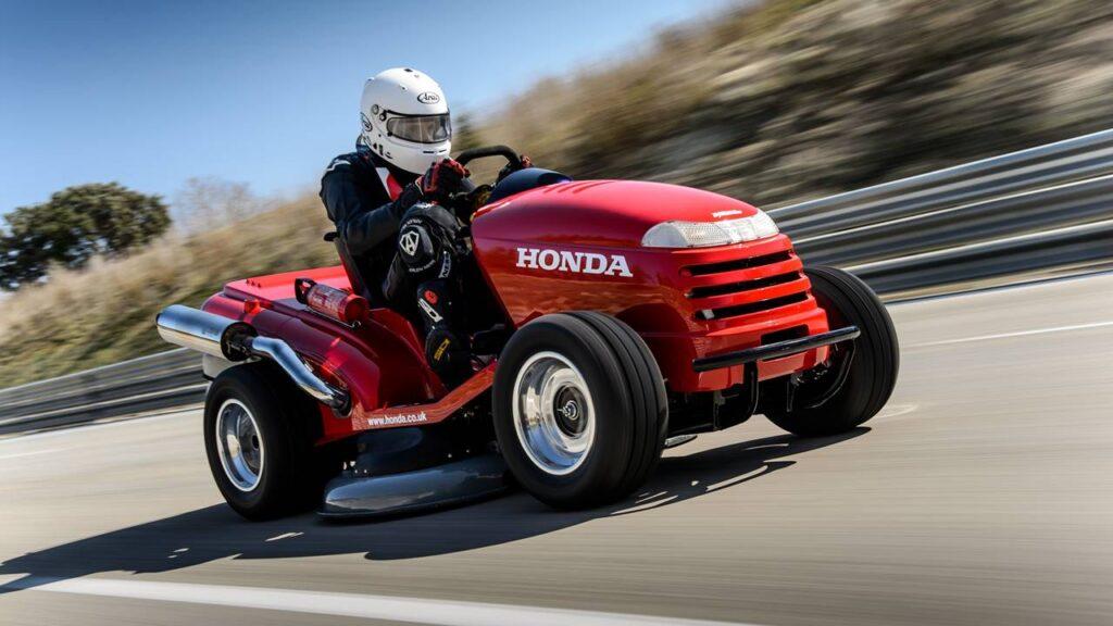Silniki Honda - ziemia, woda, powietrze